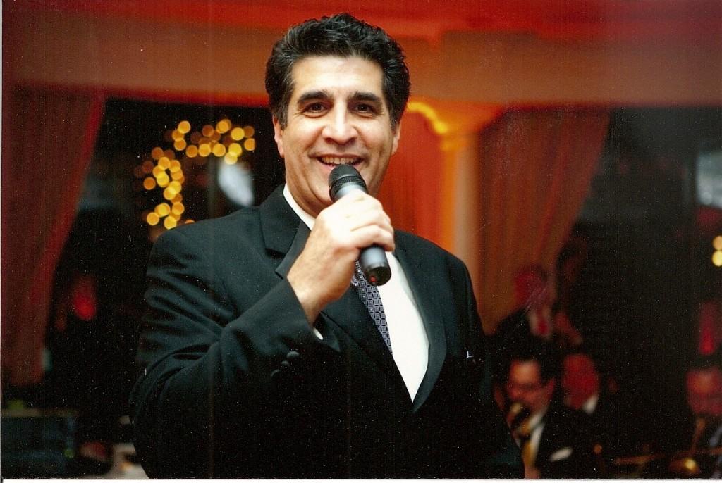 Jerry sings